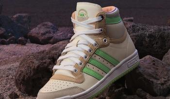 Une adidas baby Yoda