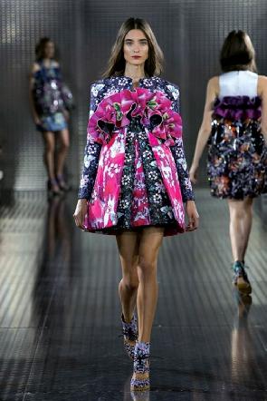 Mary Katrantzou fait une escale chez Adidas Originals